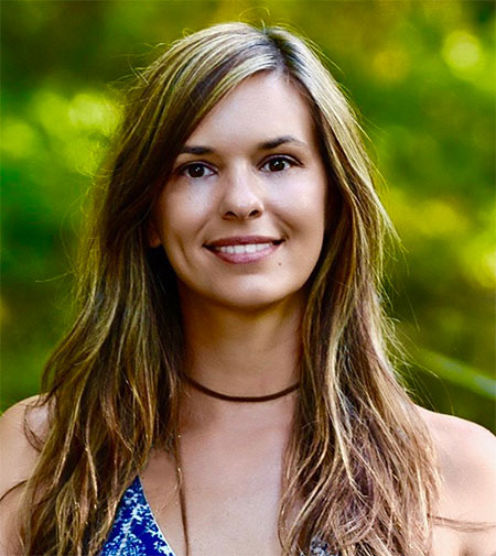 Sun-Meets-Moon-Healing-Fort-Madison-Iowa-Lara-haase-headshot-2